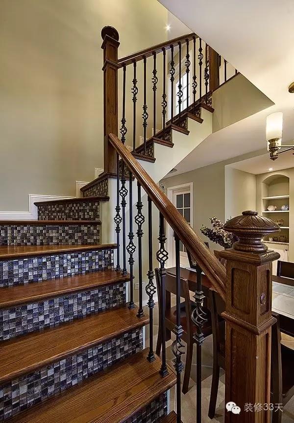 除了衛生間之外,馬賽克還可以用在各種地方,比如樓梯踏步
