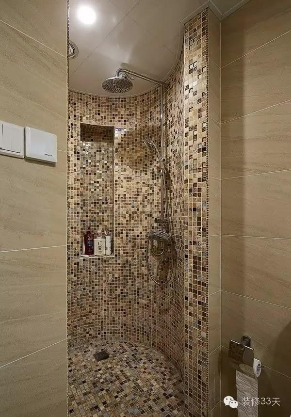 所以能看到圓弧形的自砌淋浴基本都是馬賽克